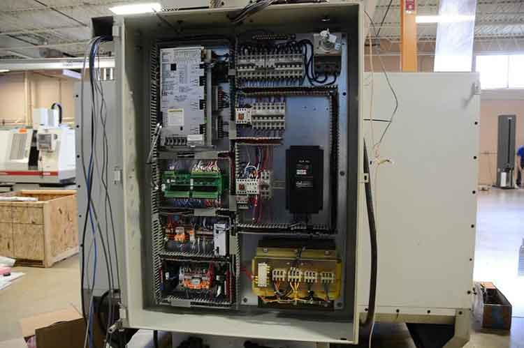 The new CNC Control electronics installed in the cabinet